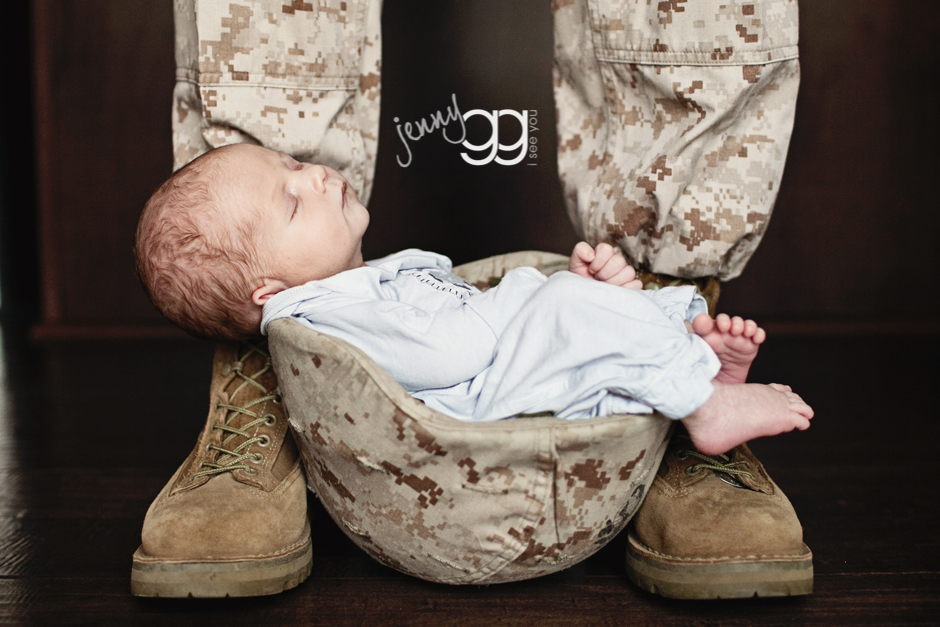 Newborn military photography by jenny gg 1