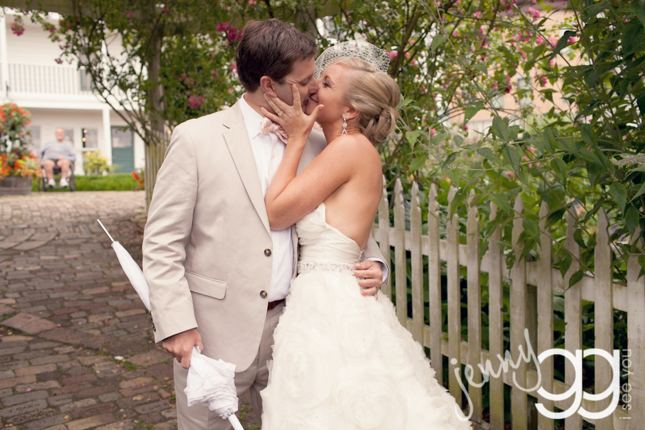 roche harbor wedding bride and groom by jenny gg