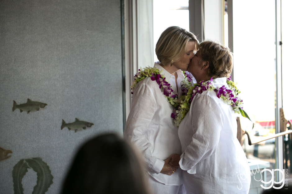 lesbian wedding in west seattle by jenny gg 017