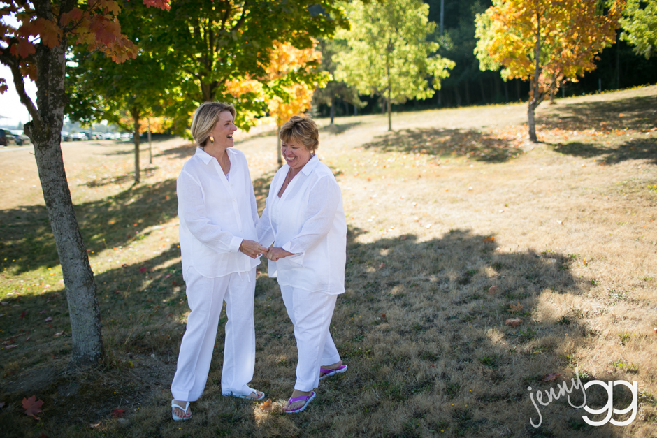 lesbian wedding in west seattle by jenny gg 006