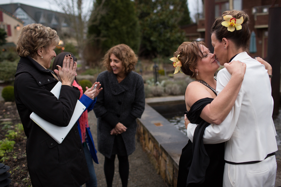 lesbian wedding at willows lodge by jenny gg 021