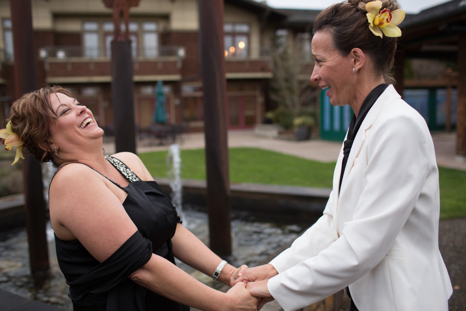lesbian wedding at willows lodge by jenny gg 023
