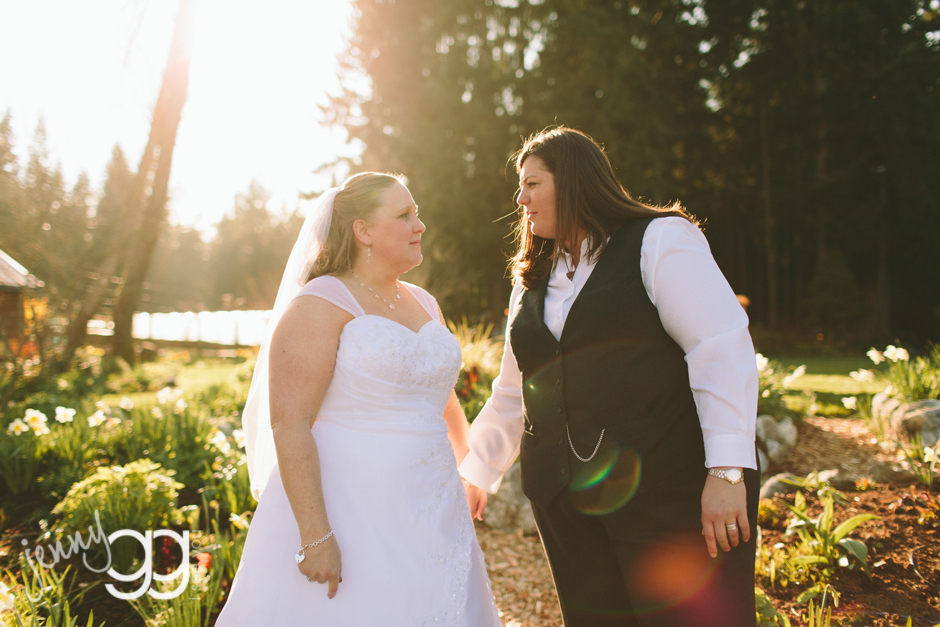 fireseed catering, langley, whidbey island, wedding, lesbian, same sex wedding, spring