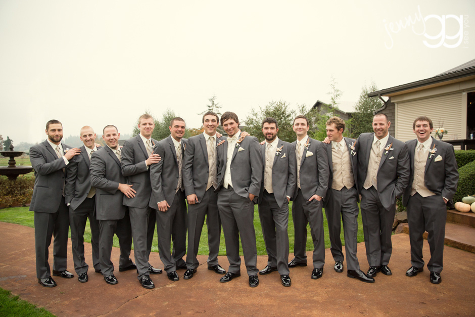 groomsmen photo at hidden meadows