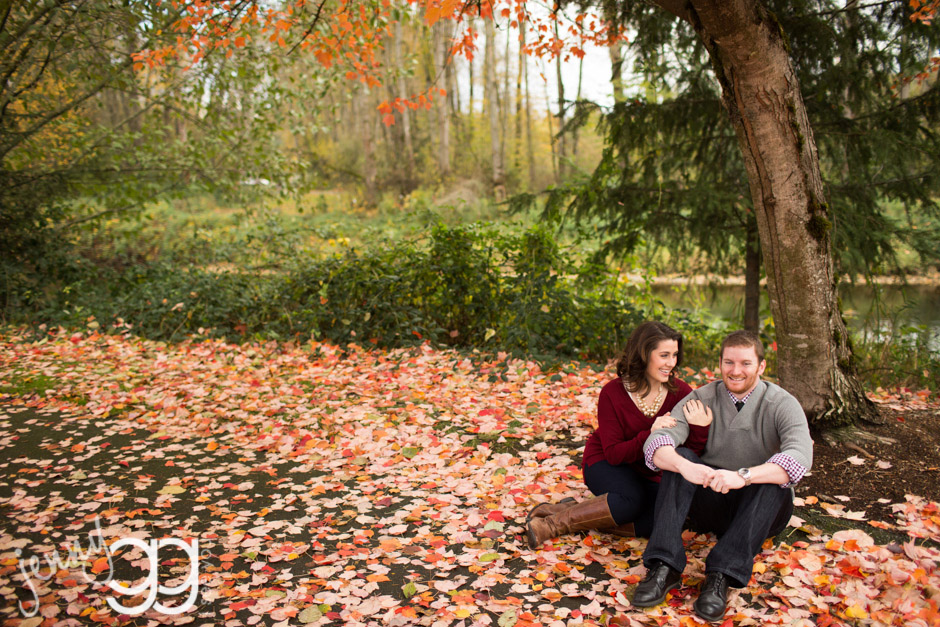 fall engagement session at park by jenny gg