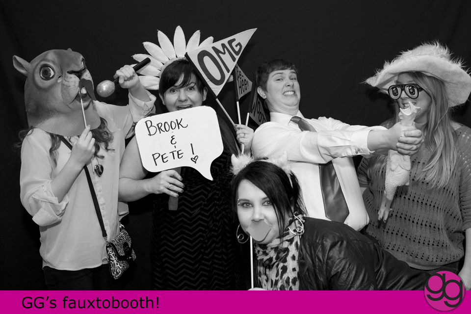 fauxtobooth fun at centralia wedding by jenny gg