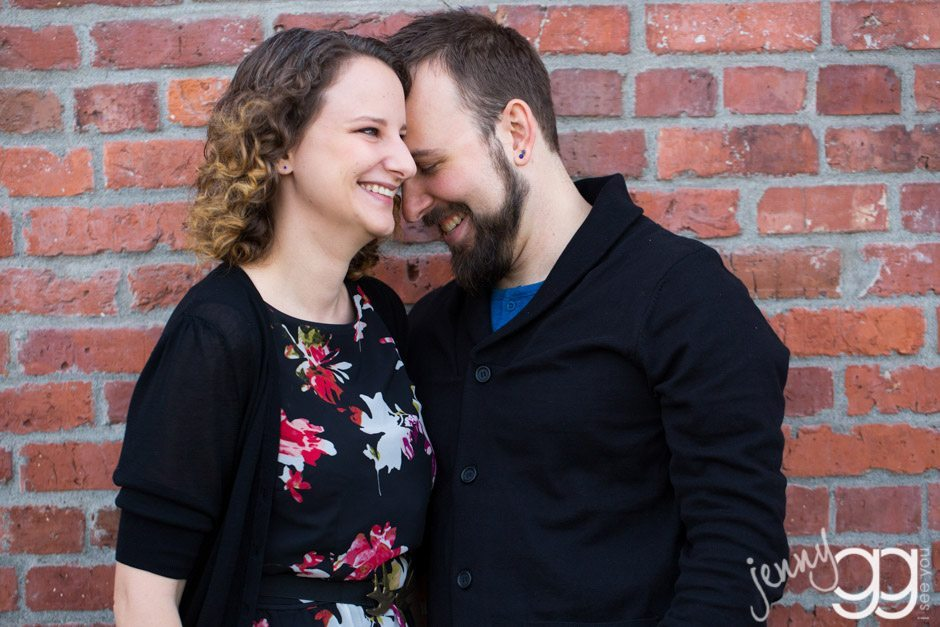 seattle engagement session in sodo by jenny gg