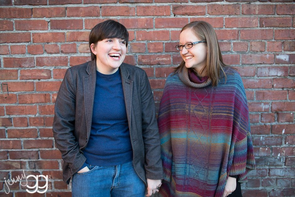 lesbian couple engagement session in seattle by jenny gg