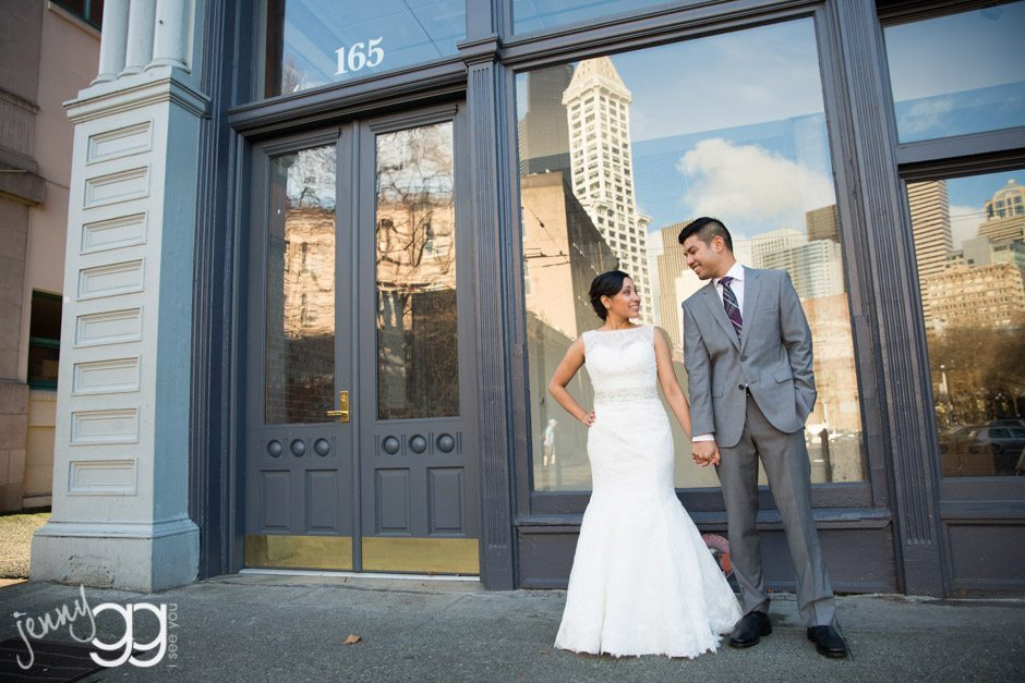 seattle wedding portrait in pioneer square by jenny gg