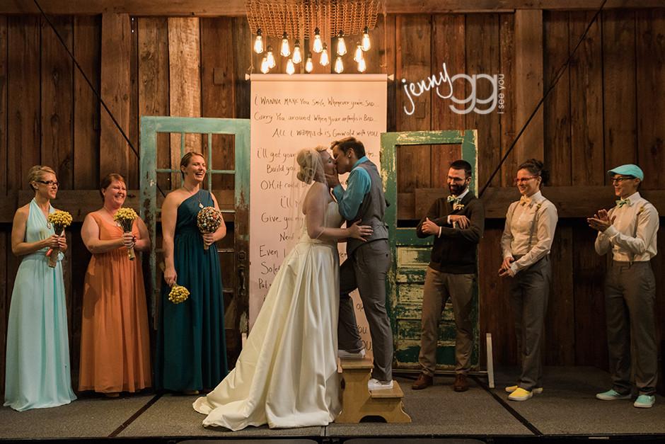 pickering barn wedding, same sex wedding, lesbian wedding, jenny gg