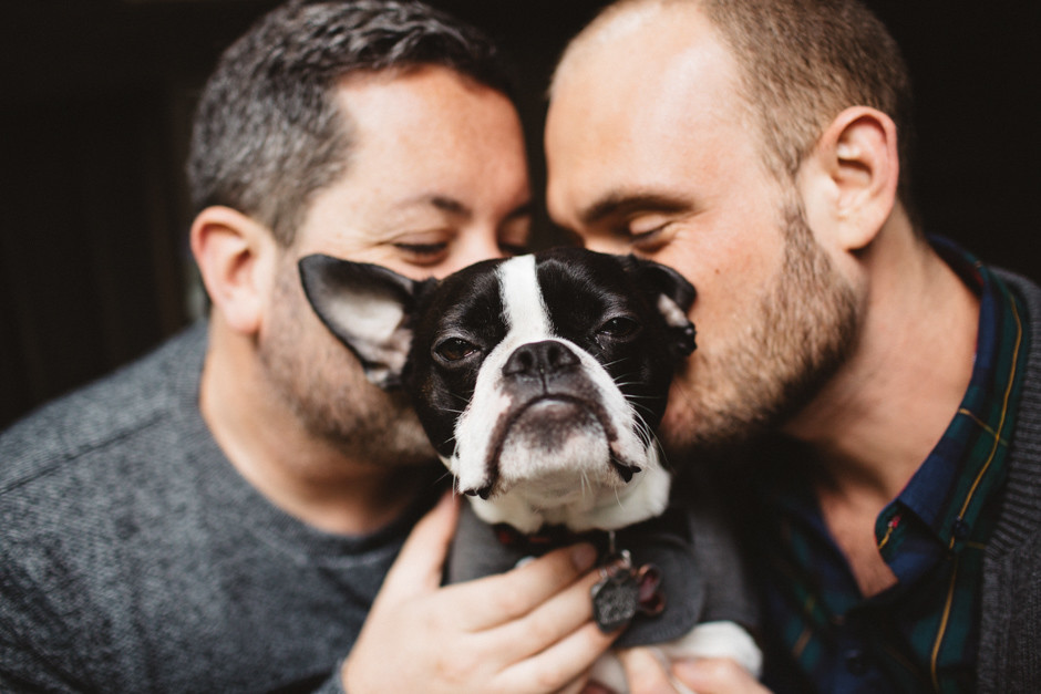 engagement photo with pet by jenny gg