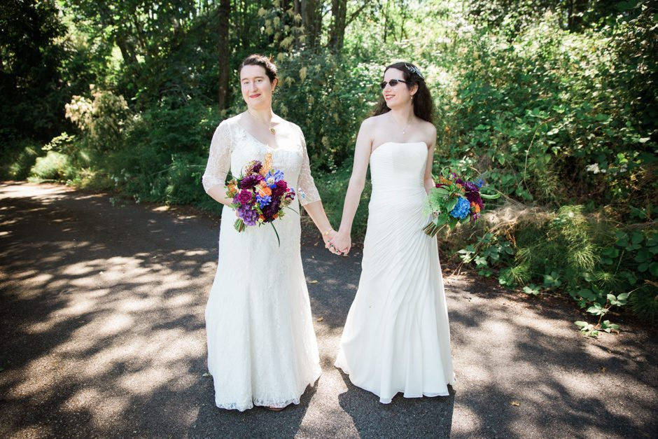 queer wedding in discovery park by jenny gg