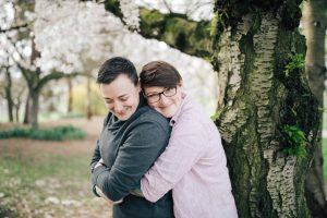engagement session at greenlake by jenny gg